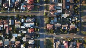 建築基準法上の道路に至るまでの権利関係が複雑でないもの